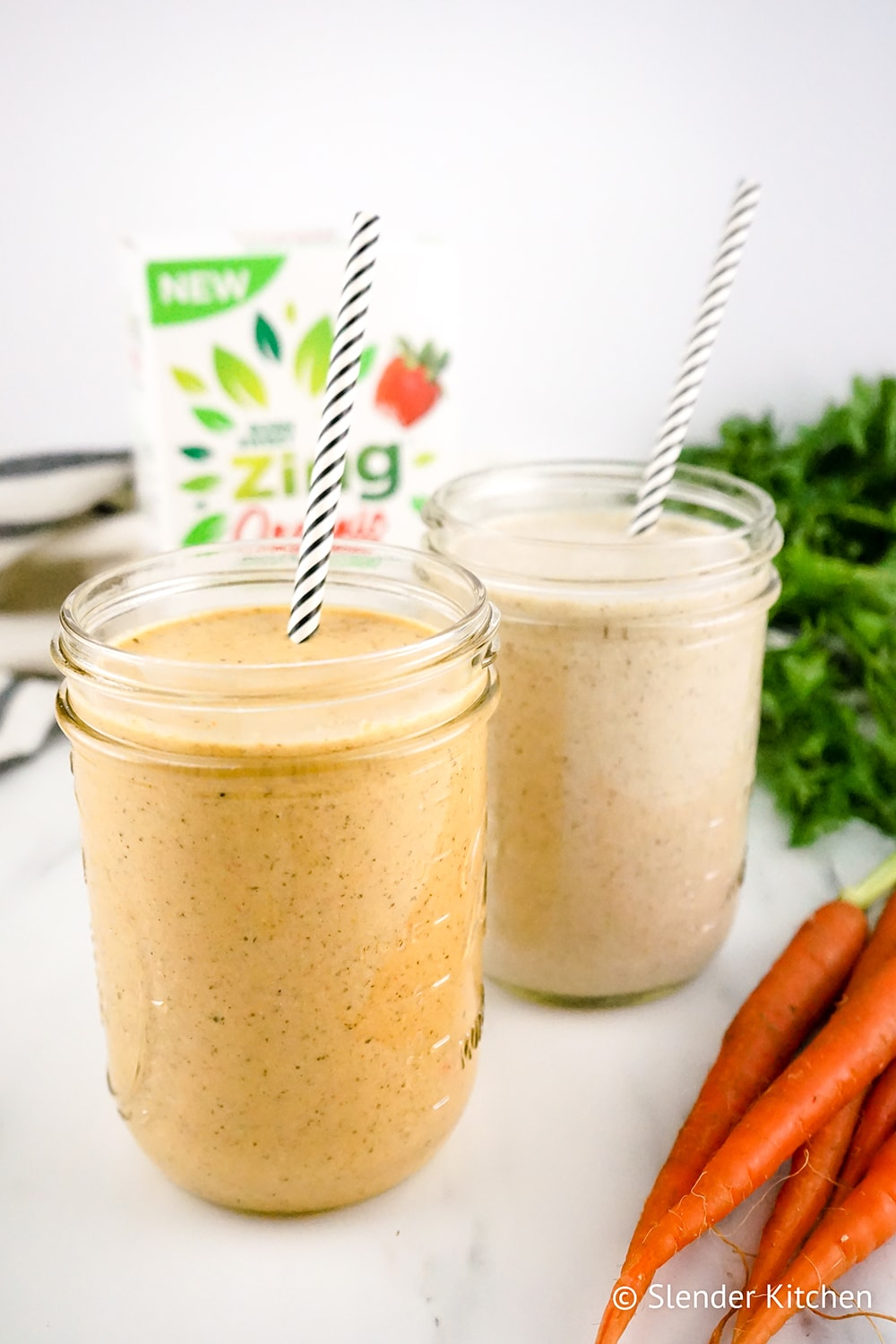 Carrot Cake Overnight Oat Smoothie
