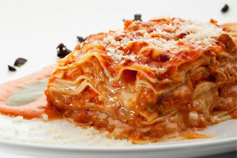 Five Ingredient Chicken Parmesan Lasagna (Slow Cooker or Stove ...
