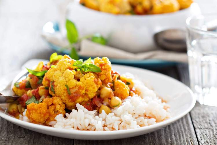 Slow Cooker Cauliflower and Chickpea Masala in a bowl.