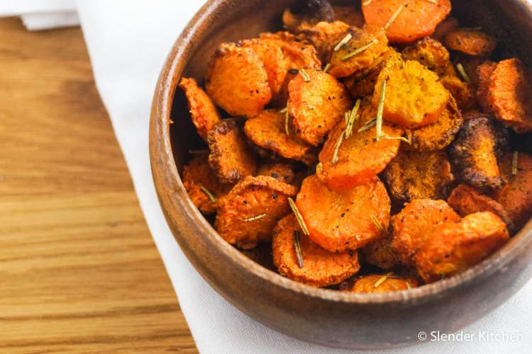 Baked Rosemary Carrot Chips