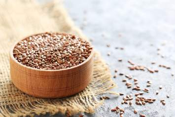 Flaxseed: The Nutrient Packed Seed You Should Add to Your Diet
