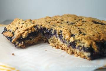 Roasted Blueberry Oat Bars