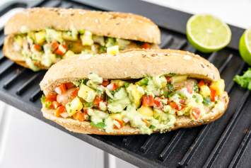 Pineapple Chicken Sausages are a quick and healthy meal with store bought chicken sausages and a delicious homemade pineapple salsa.