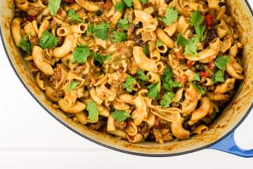 Easy One Pot Chili Mac packed with lean ground turkey, black beans, bell peppers, and tomatoes for a healthy, hearty dish ready in 30 minutes.