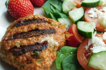 These healthy Salsa and Cheese Stuffed Turkey Burgers are made with lean ground turkey, your favorite salsa, and mozzarella cheese. Easy to make and full of so much flavor.