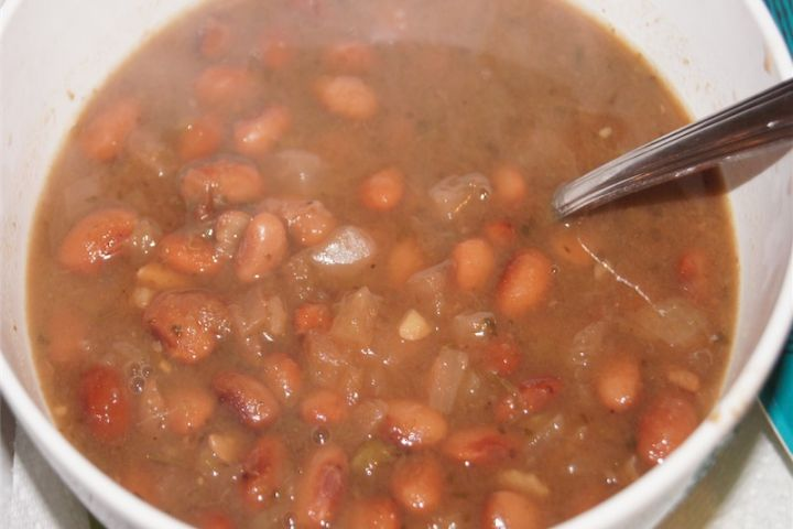 Simple Crock Pot Pinto Beans