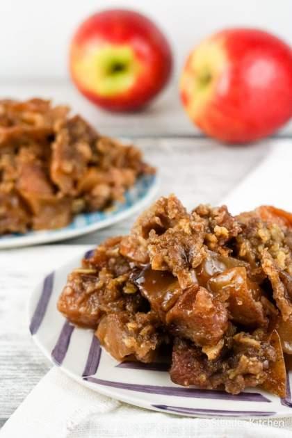 Sunday Slow Cooker: Apple Crisp