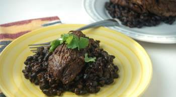 Sunday Slow Cooker: Ancho Chile Tri Tip and Black Beans