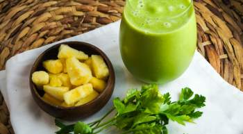Parsley Pineapple Smoothie