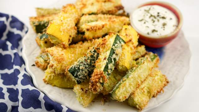 Baked Garlic Parmesan Zucchini and Summer Squash Wedges