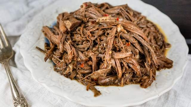 Slow Cooker Balsamic Beef Roast